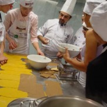 pasta-chef-cooking-class-roma-3-182×182